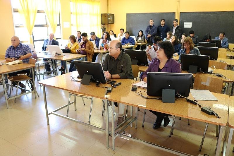 Equipos Directivos de los 14 Establecimientos Educacionales Municipales de la Comuna se capacitan en nueva plataforma MySchool.