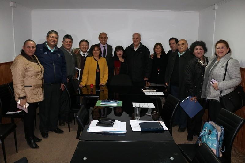 Alcalde y DAEM se reúnen con Colegio de Profesores de Gorbea