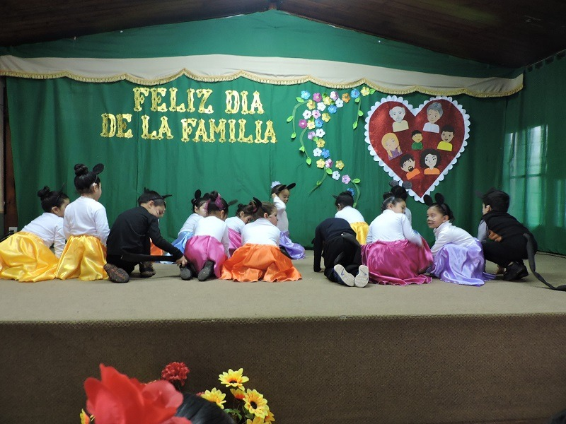 Se celebra el Día de la Familia en Escuela Cinco de Gorbea