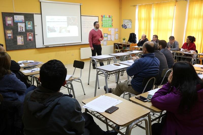 DAEM y Equipos Directivos de Establecimientos reciben charla sobre Formación Ciudadana