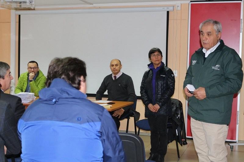 DAEM de Gorbea asiste a reunión convocados por el Presidente de la Amra Chile