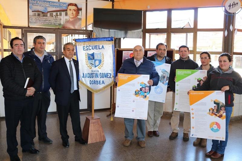 Superintendencia de Educación realiza acompañamiento en normativas educacionales a Escuela Presbítero José Agustín Gómez