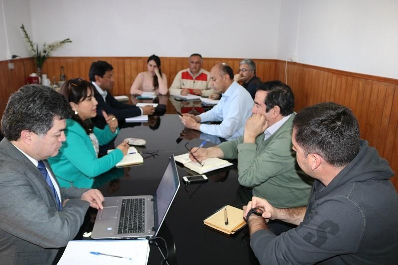 Director Provincial de Educación se reúne con equipo Directivo del DAEM
