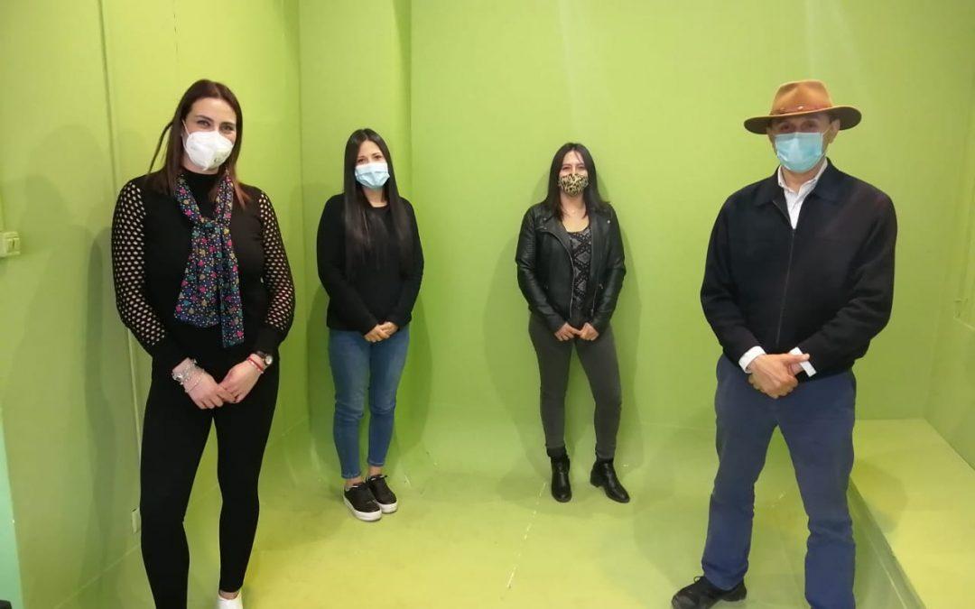 Programa Radial con Escuela Licarayén